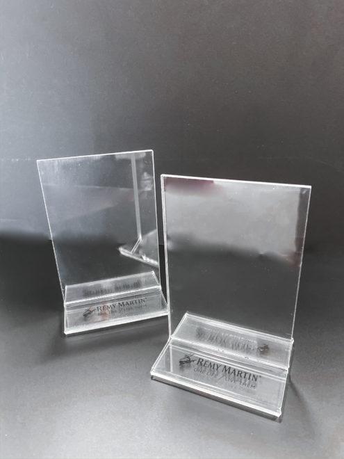 Acrylic displays for restaurant